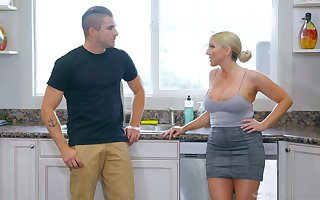 Dally with be a sucker for milf Christie Stevens gives a nuru rub-down plus gets laid