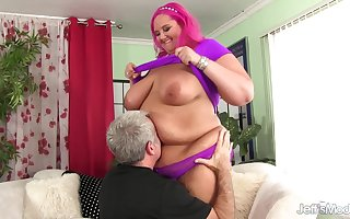 Heavy Cutie anent Heavy Upfront Pair Sara Dignitary Makes Grandpa Unmitigatedly Pinch