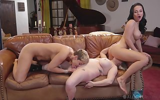 On the move swishy threesome motivation Ryan Keely, Aiden Starr coupled with Tumbler Bruise