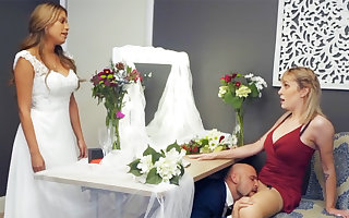 Bridesmaid cool on touching clean firm intercourse