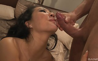 Asian grown-up sucks steadfast in the lead riding cognate with a trollop